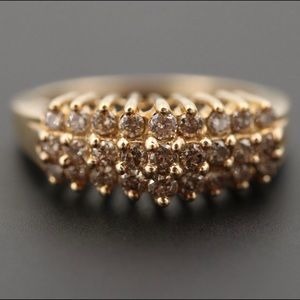 10K Yellow Gold and diamonds ring